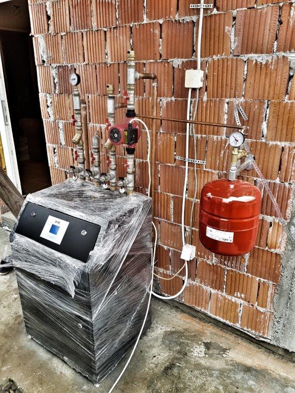Toplotna pumpa ARTEL HP-9H